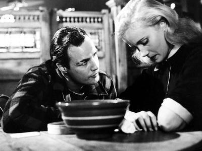 Marlon Brando Talking to Crying Girl