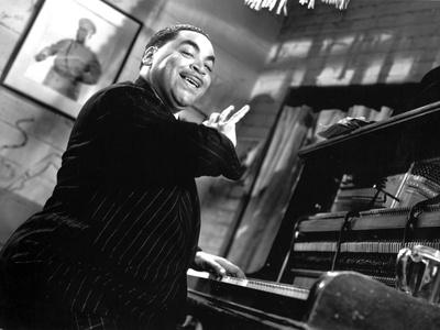 Fats Waller Playing Piano with One Hand