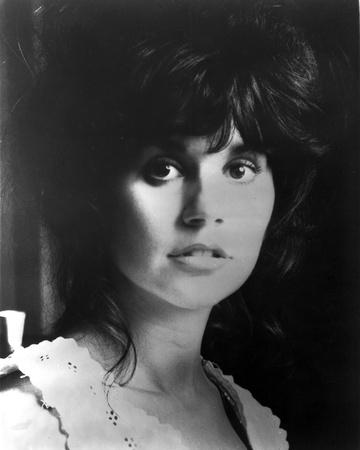Linda Ronstadt Portrait in Classic