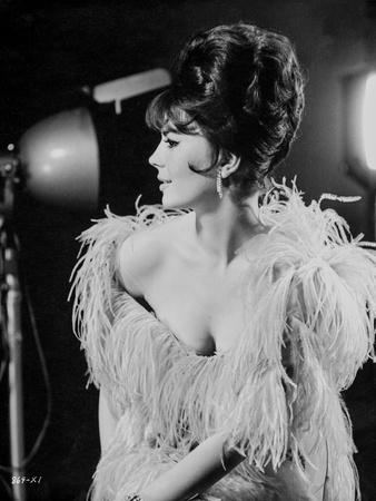 Natalie Wood posed in Tassel Dress