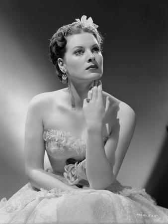 Maureen O'Hara Posed in White Gown