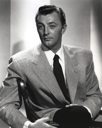 Robert Mitchum Posed in Suit