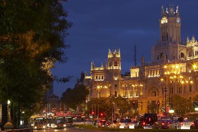 Spain, Madrid, Street-Scene, Calle De Alcala, Plaza De Cibeles, Palacio De Comunicaciones, Evening