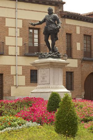Spain, Madrid, Plaza De La Villa, Monument, Don Alvaron