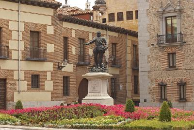 Spain, Madrid, Plaza De La Villa, Monument, Don Alvaron