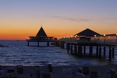 Germany, the Baltic Sea, Island Usedom, Heringsdorf, Beach, Pier, Morning Mood
