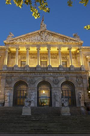 Spain, Madrid, State Archive, National-Library, Illuminates, Outside, Twilight
