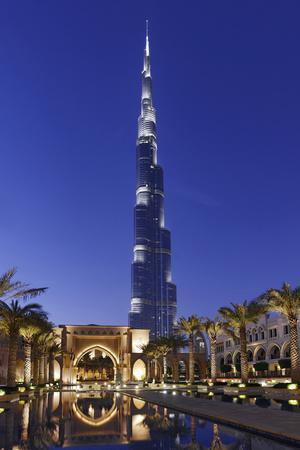 Burj Khalifa, the Highest Tower of the World, Night Photography