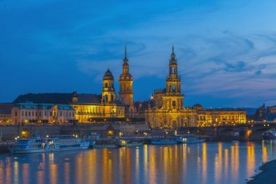 Europe, Germany, Dresden, Elbufer (Bank of the River Elbe), Saxony