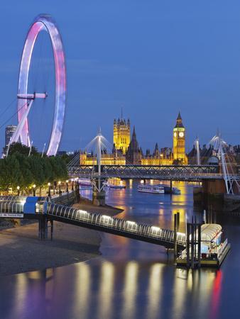 River Thames, Hungerford Bridge, Westminster Palace, London Eye, Big Ben