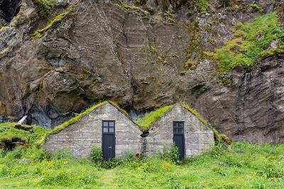 Iceland, Drangshlid