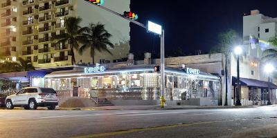 11st Street Diner, Fast Food Restaurant in Retro Style, Miami South Beach