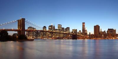 USA, New York City, Manhattan, Brooklyn Bridge, View from Brooklyn, Evening, Panorama