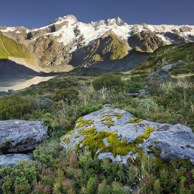 Mount Sefton, Hooker River, Mount Cook National Park, Canterbury, South Island, New Zealand