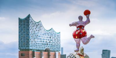 Germany, Hamburg, Hafencity, Harbour, Nanas, Elbphilharmonie