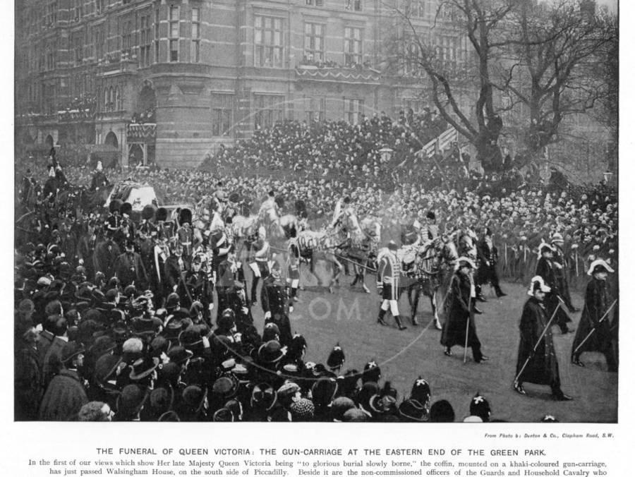 Queen Victoria's Funeral the Gun Carriage at Green Park