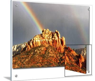 Rainbow over Snoopy Rock, Sedona, Arizona, USA