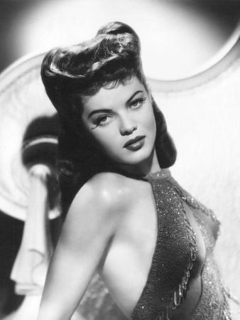Dona Drake, 1940s