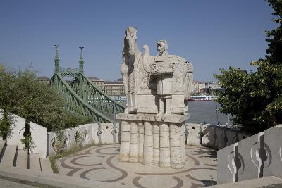 Statue of Saint Stephen Kiraly Near Liberty Bridge, Budapest, Hungary, Europe