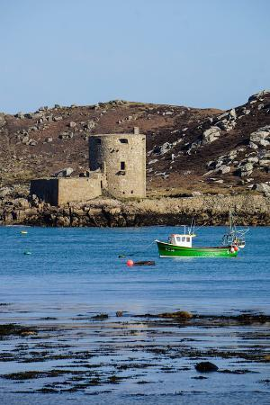 Fishing Boat, Cromwell's Castle on Tresco, Isles of Scilly, England, United Kingdom, Europe