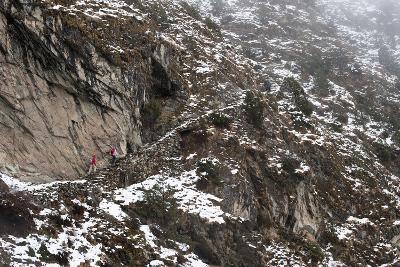 Trekkers Make their Way Along an Alternative Route Via Photse to Everest Base Camp, Himalayas