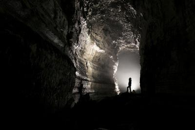 Spelunking the Longest Lava Tube in North America