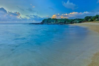 Kaupoa Bay Shoreline on Molokai's West End