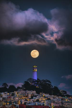 Full Moon Mood Coit Tower, San Francisco Iconic Travel