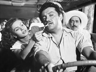 Lilia Prado, Esteban Martinez, Mexican Bus Ride, 1952 (Subida Al Cielo)