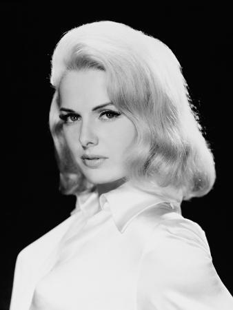 Martha Hyer, the Carpetbaggers, 1964