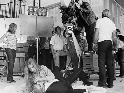 Barbra Streisand, Ryan ONeal, Peter Bogdanovich. Whats Up Doc?,1972