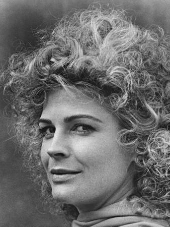 Candice Bergen, A Night Full of Rain,1978
