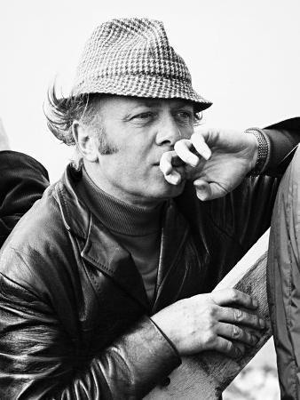 Richard Attenborough, 1975