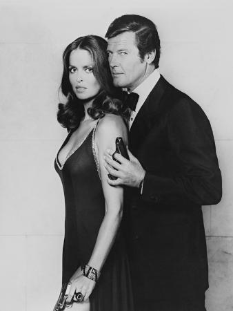 Roger Moore, Barbara Bach. the 007, James Bond: Spy Who Loved Me, 1977)