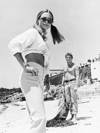 Ryan ONeal, Leigh Taylor-Young, the Big Bounce, 1969