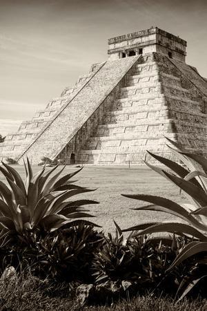 ¡Viva Mexico! B&W Collection - Pyramid of Chichen Itza III