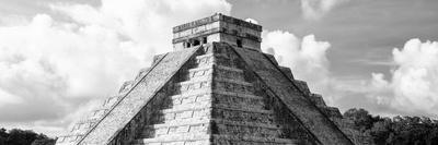 ¡Viva Mexico! Panoramic Collection - El Castillo Pyramid in Chichen Itza III