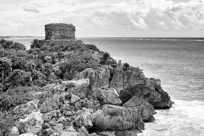 ¡Viva Mexico! B&W Collection - Tulum Mayan Archaeological Site