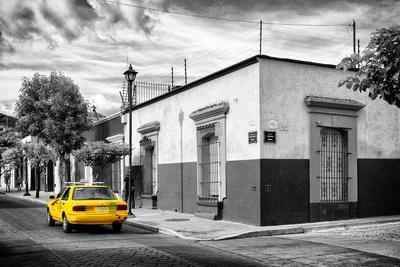 ¡Viva Mexico! B&W Collection - Mexican Street Oaxaca II