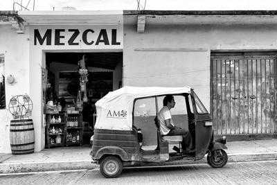 ¡Viva Mexico! B&W Collection - Mezcal Tuk Tuk