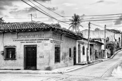 ¡Viva Mexico! B&W Collection - Mexican Street