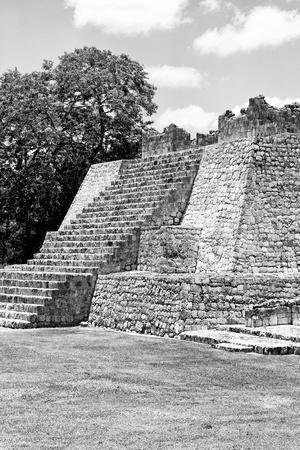 ¡Viva Mexico! B&W Collection - Maya Archaeological Site I - Campeche