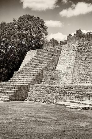 ¡Viva Mexico! B&W Collection - Maya Archaeological Site - Campeche
