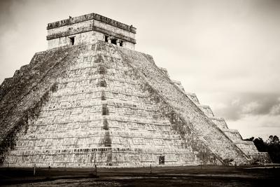 ¡Viva Mexico! B&W Collection - Chichen Itza Pyramid XXI