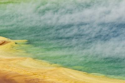 Grand Prismatic Spring, Midway Geyser Basin, Yellowstone National Park, Wyoming