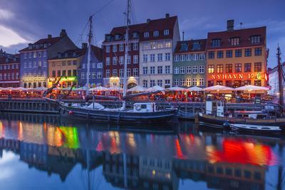 Denmark, Zealand, Copenhagen, Nyhavn Harbor, Evening