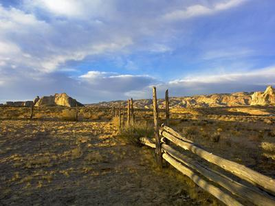 Old Abandoned Fence in the Kaiparowits Plateau, Utah
