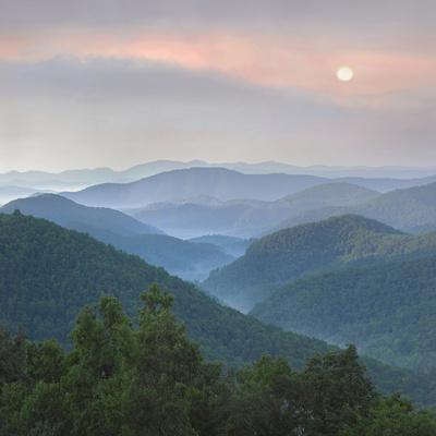 Sunrise over Pisgah National Forest from Blue Ridge Parkway, North Carolina, Usa