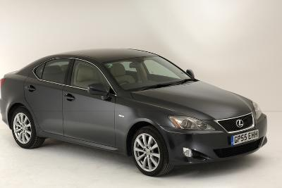 2005 Lexus IS 220d