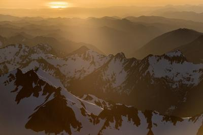 As Temperatures Rise, Snow Is Melting Earlier in the Spring on the Olympic Mountains